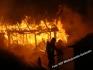 Pożar zabudowan gospodarczych...